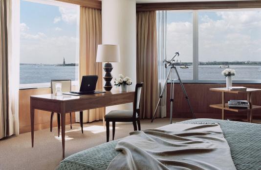 Ritz-Carlton приветствует открытие Статуи Свободы