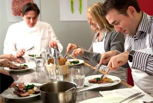 Ален Дюкасс открыл свою кулинарную школу в Париже