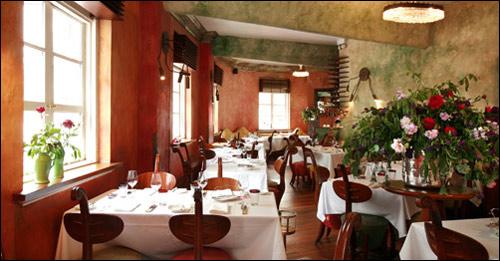 ресторан M at the Fringe