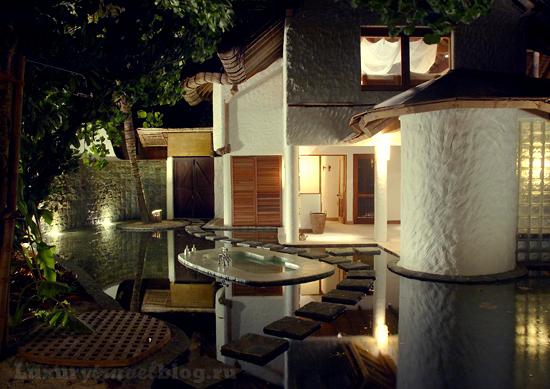 Отель Soneva fushi, который в равной степени может быть назван и ретритом, и хайдэвэем