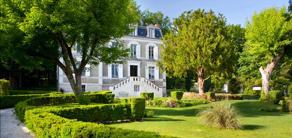 Чисто женский пансион в Провене (Франция)