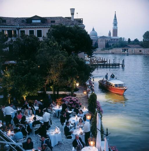 Холодно? Согреваемся граппой! Перебираем отели и рестораны Венеции!
