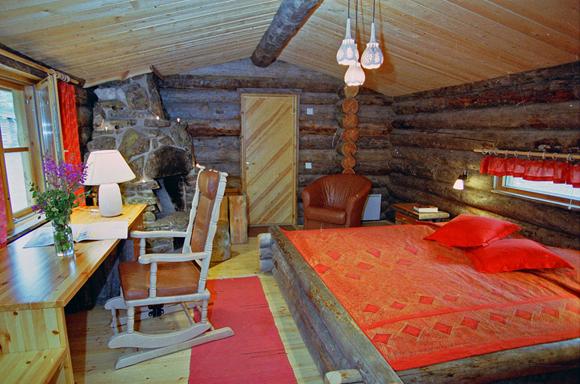 В отель Kakslauttanen
