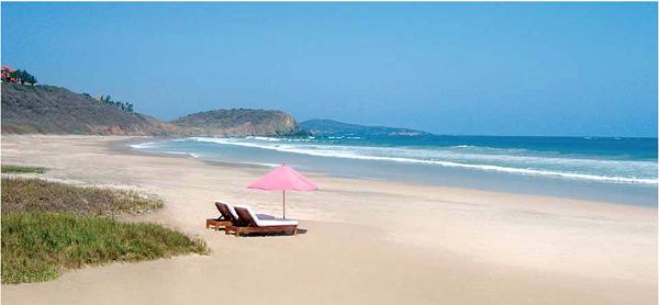 Las Alamandas пляж