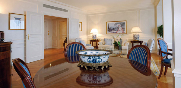 3-Double-suite-exclusive-vue-mer_Hotel de Paris