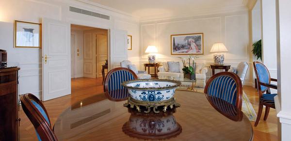 3-Double-suite-exclusive-vue-mer_Hotel de Paris