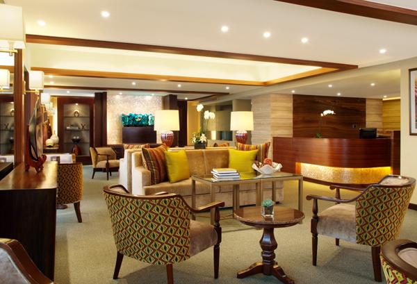 MacArthur Lounge