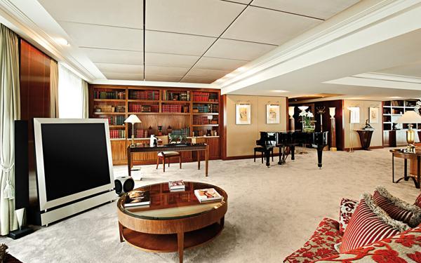Royal-Penthouse-Suite-President-Wilson-Hotel-Genewa-Swiss