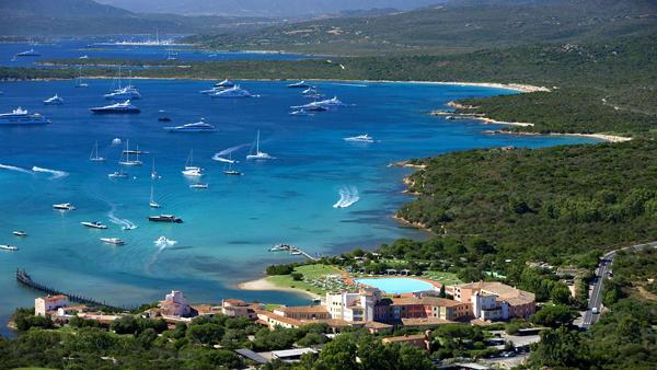 Cala_di_Volpe_Hotel_CostaSmeralda_Aerial_View_2