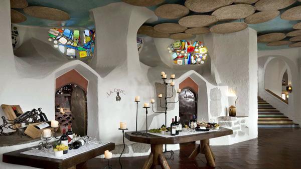 Cala_di_Volpe_Hotel_CostaSmeralda_Restaurant_LaCave_2