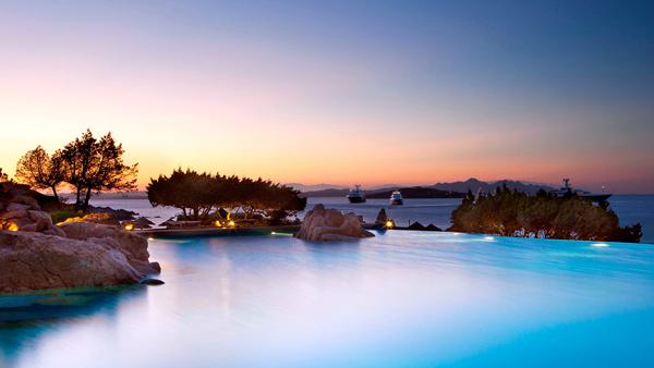 Hotel_Pitrizza_Swimming_Pool_Infinity