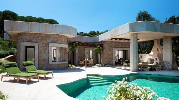 Unique_Suite_Villa_Bithia_Private_pool__terrace